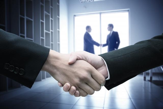 転職エージェント握手